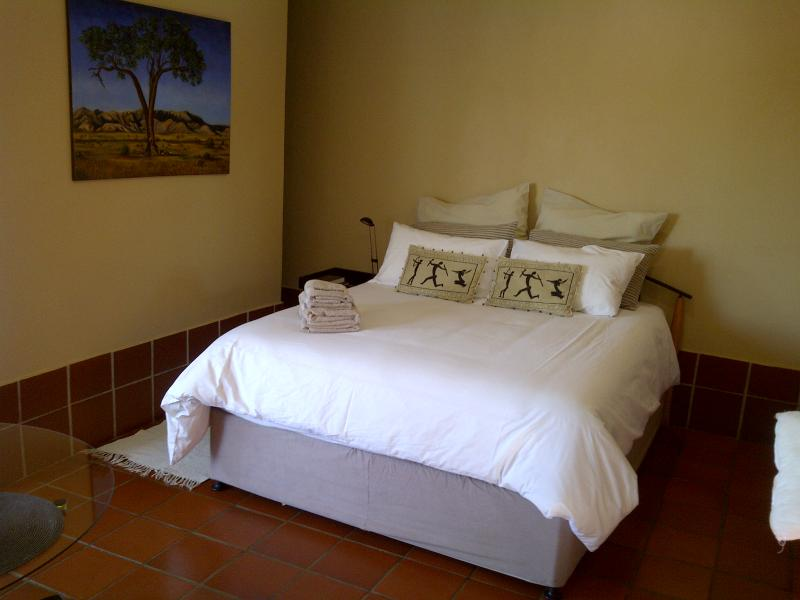Bedroom Area Unit 2 - More than a View! Self-Catering Accommodation - Pretoria - rentals