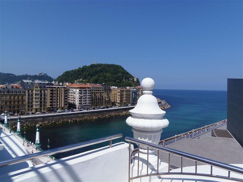 Views from the terrace: The Cantabrian Sea - STARS::Kursaal Hall, Seafront 70 sqm apt 2p. - San Sebastian - Donostia - rentals