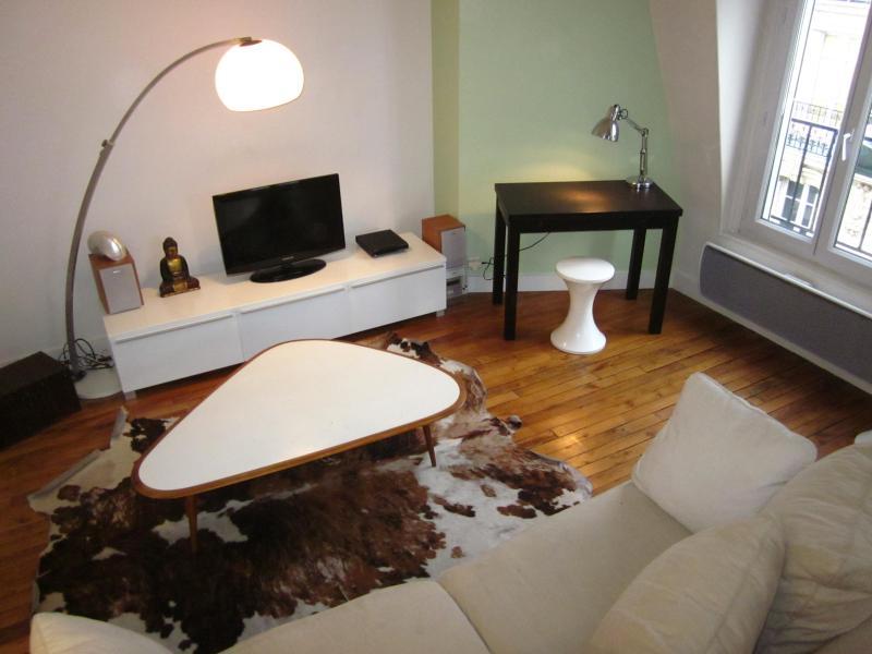 PARIS 18 èm MONTMARTRE Apartmnt Design facemetro, - Image 1 - Paris - rentals