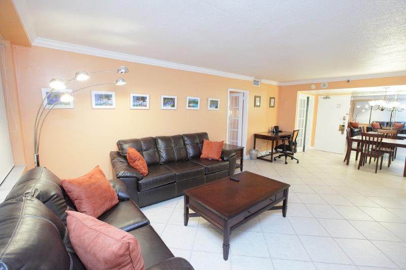 Living Area - Miami Beach 708 Ocean Direct View 2 Bedroom - Miami Beach - rentals