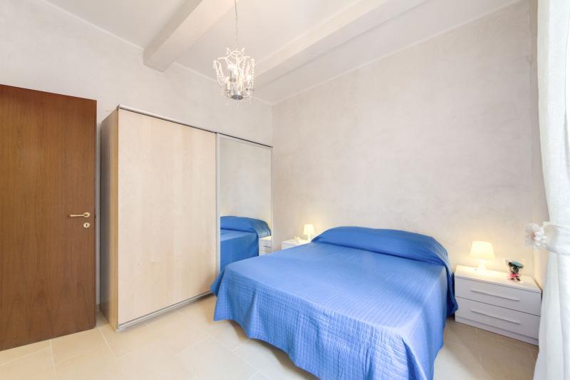 HOLIDAYS HOME MONTICELLI CAMPO DI FIORI CENTRO - Image 1 - Rome - rentals