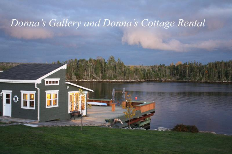 Donna's Gallery and Donna's Cottage Rental - Donna's Cottage Rental on the Ocean - Halifax - rentals