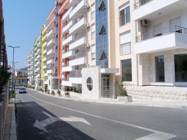 Nice and cozy apartment in Budva - Image 1 - Budva - rentals