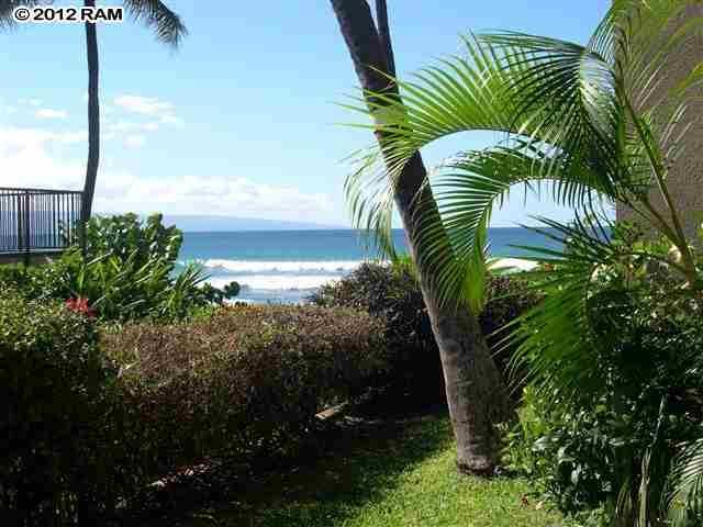 View from Lanai (no zoom) - Ka'anapali Getaway Oceanfront 107 Hale Ono Loa - Lahaina - rentals
