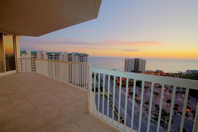 Enjoy the breathtaking sunsets from this penthouse balcony. - Silver Shells Gulf Front Resort Penthouse 5 - Destin - rentals