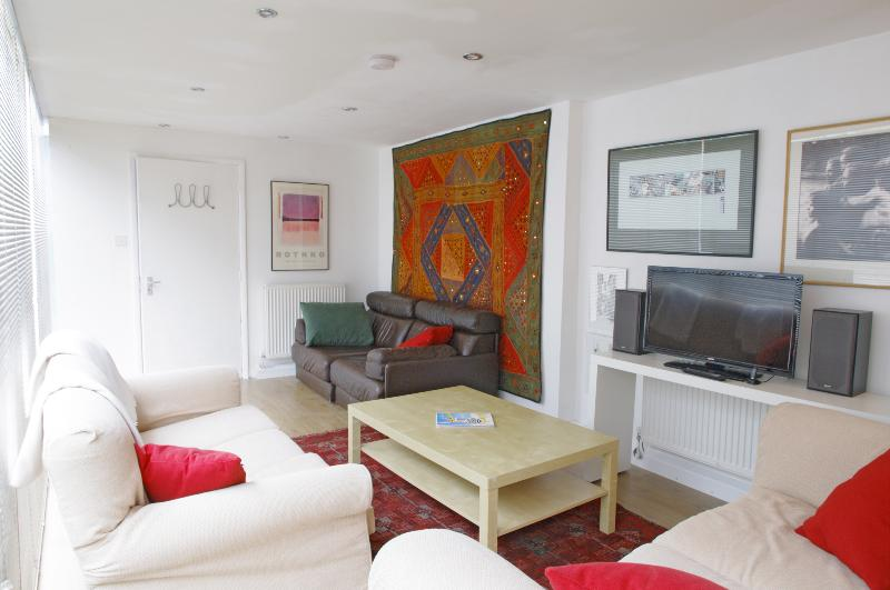 The Camden Photo Library - Image 1 - London - rentals