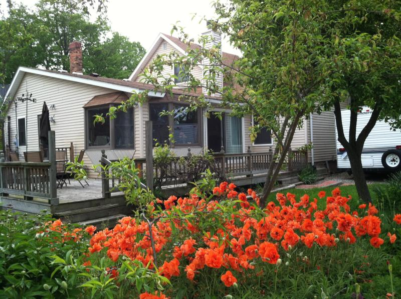 view of deck - FISHER HOUSE - Lexington - rentals