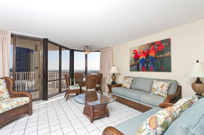 Living Area - 2 Bedroom 2 Bath Ocean Front Diamond In The Sky - South Padre Island - rentals