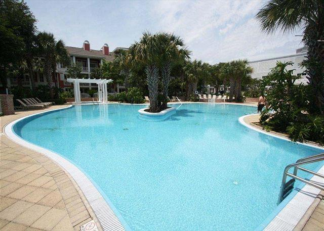 Observation Point North 565 Penthouse! FREE Golf @ The Links or Baytowne! - Image 1 - Sandestin - rentals