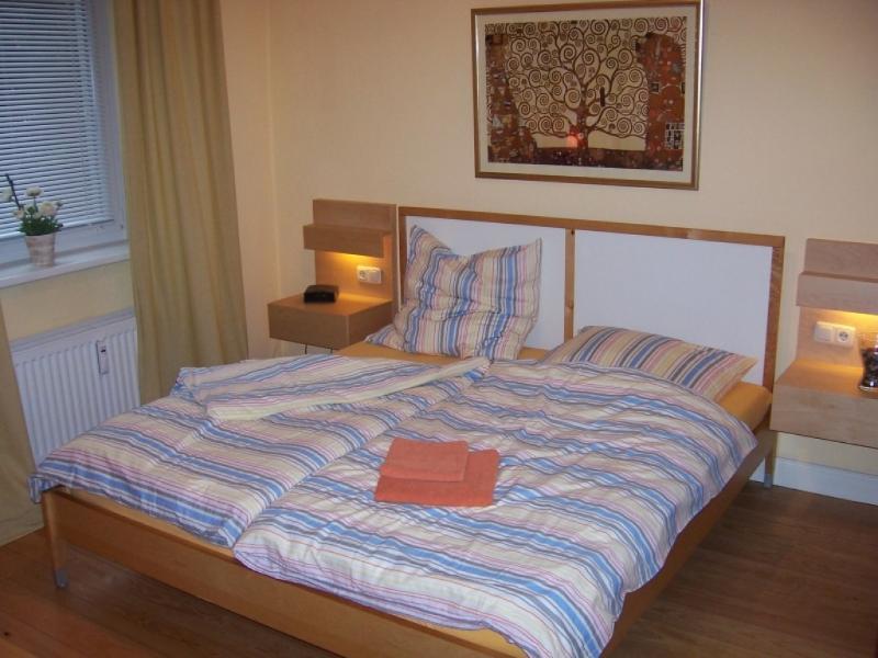 Vacation Apartment in Hamburg - 280 sqft, quiet, central, fully furnished (# 3832) #3832 - Vacation Apartment in Hamburg - 280 sqft, quiet, central, fully furnished (# 3832) - Hamburg - rentals