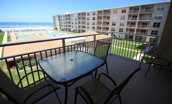 Balcony Views - Cozy Sea Coast Gardens II 1/1 - Bring Your Dog! - New Smyrna Beach - rentals