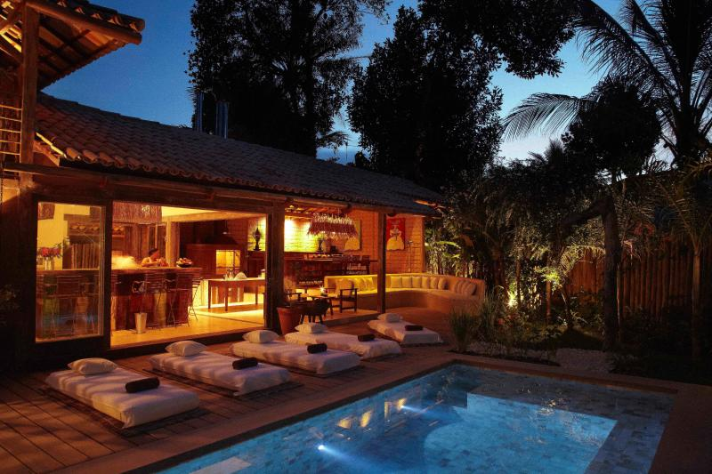 Main house by night - Private beach house in Trancoso - Trancoso - rentals
