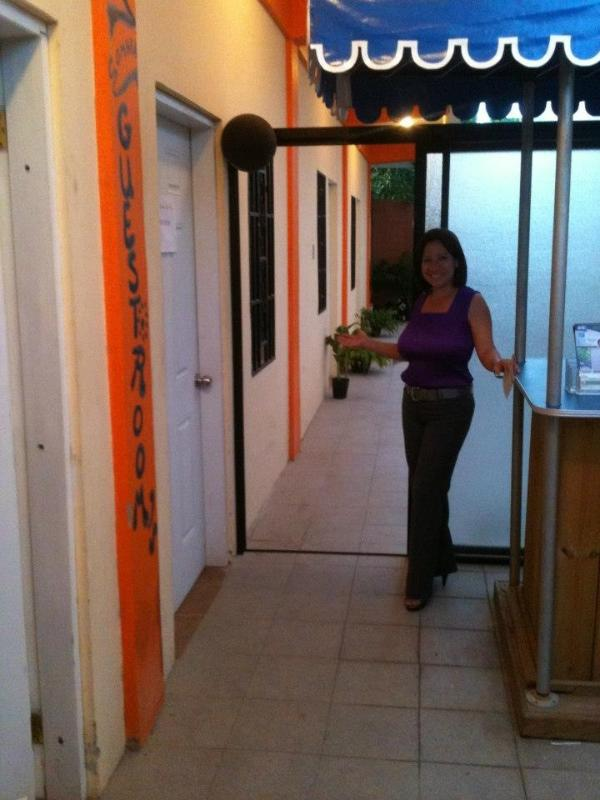 Welcome to Bella Sombra Guest House- Laura - Travel Belize on a Budget,  ONLY $45USD pp, Plus FREE Internet, Bella Sombra Guest House - Belize City - rentals
