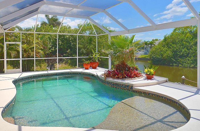 Pool - Villa Secret Garden - Cape Coral - rentals