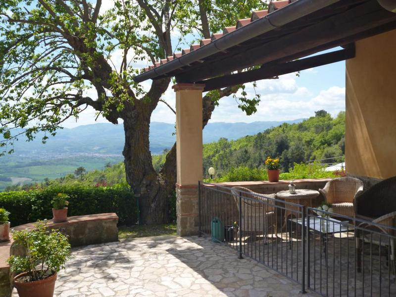 "Entrance with private terrace & view - Podere Casarotta apartment #2 ""Il Loggiato"" - Loro Ciuffenna - rentals"