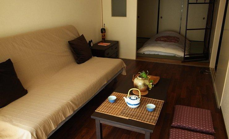 A cosy living room, the perfect place to sip a cup of green tea - Spacious apt Nishi Ikebukuro 3 in central Tokyo - Tokyo - rentals