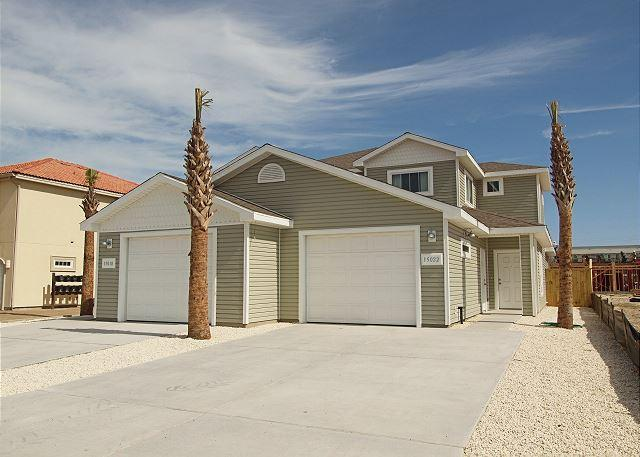 Front of unit - Come stay with us in January and February and get 25% OFF the nightly rate. - Corpus Christi - rentals