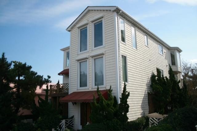 Exterior of House - 104 49th Street - Virginia Beach - rentals