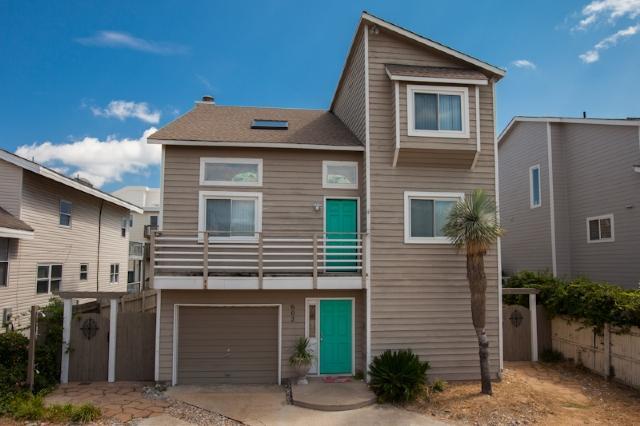Front Exterior - 602 Vanderbilt Avenue - Virginia Beach - rentals