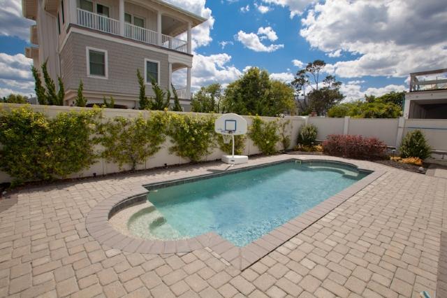 Pool - 108B 66th St - Virginia Beach - rentals
