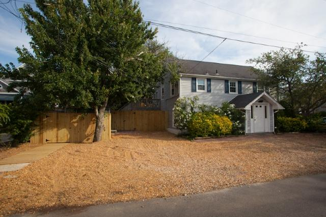 Front Exterior - 108 B 75th Street - North End Oceanside - Virginia Beach - rentals