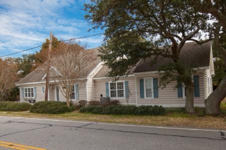 Exterior - 8611 Atlantic Avenue - Virginia Beach - rentals