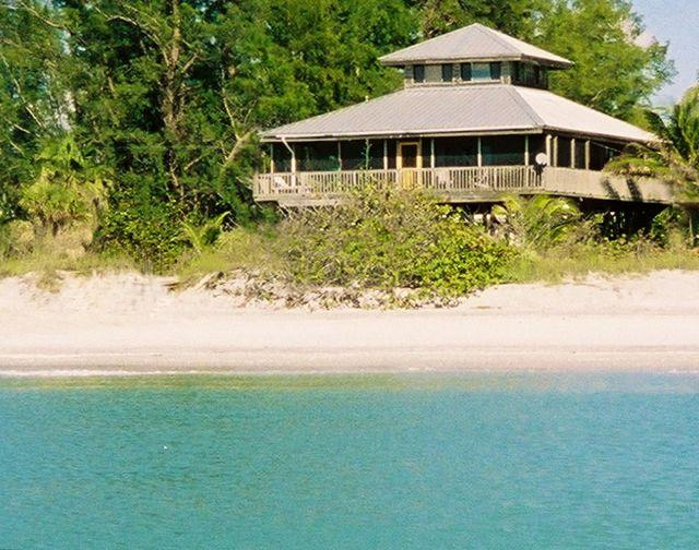 Coconut Hideaway: Gulf-Front Dream House! - Image 1 - Little Gasparilla Island - rentals