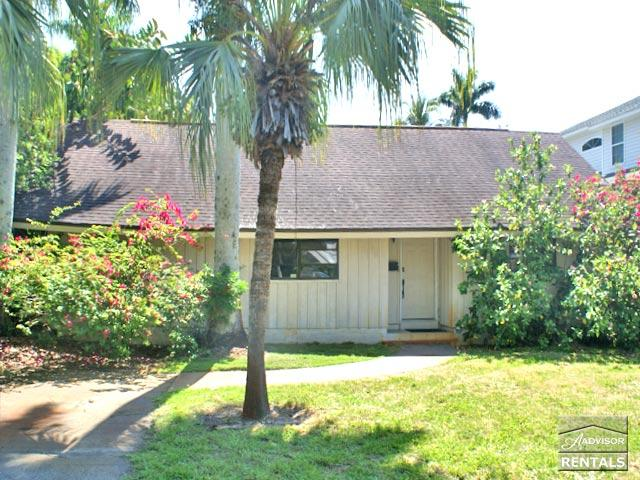 Pet-friendly pool home in Olde Naples only 2 blocks to the beach! - Image 1 - Naples - rentals