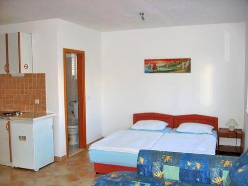 Apartments Mate - 12521-A2 - Image 1 - Rogoznica - rentals