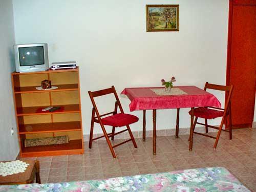 Apartments Ljubo - 13341-A5 - Image 1 - Kozino - rentals