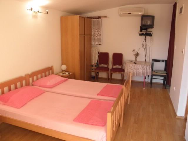 Apartments Katica - 13401-A3 - Image 1 - Skradin - rentals