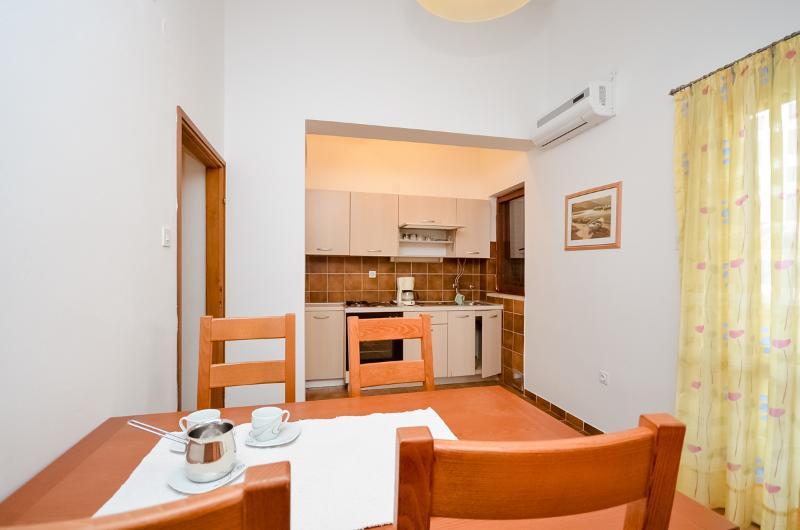 Apartments Igor - 13591-A2 - Image 1 - Turanj - rentals