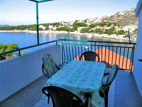 Apartments Toni - 13931-A4 - Image 1 - Primosten - rentals