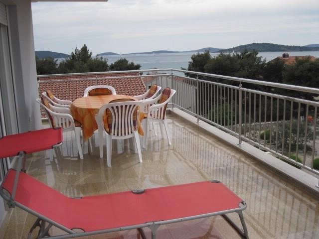 Apartments Lenija - 25901-A5 - Image 1 - Jadrija - rentals