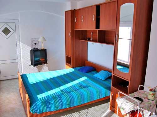 Apartments Fahrudin - 30091-A4 - Image 1 - Stanici - rentals