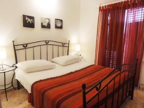 Apartments Gorana - 31841-A4 - Image 1 - Jelsa - rentals