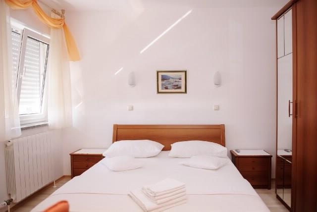 Apartments Ana - 32801-S1 - Image 1 - Podstrana - rentals