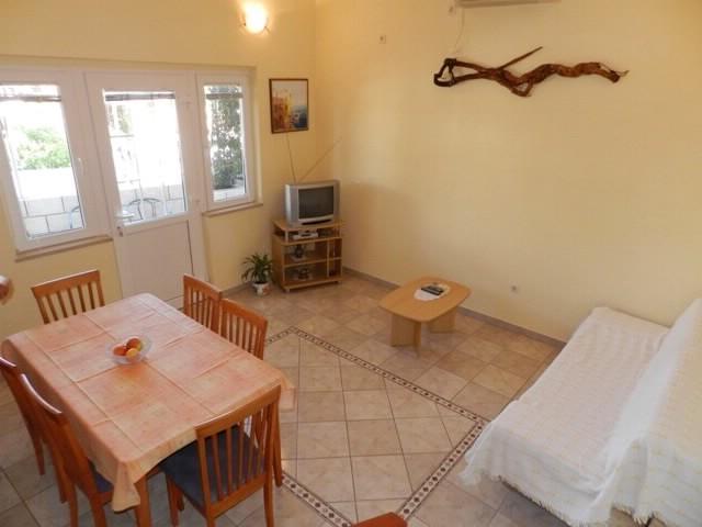 Apartments Bogdan - 33341-A1 - Image 1 - Postira - rentals