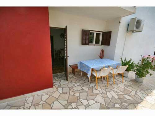Apartments Božjidar - 33601-A3 - Image 1 - Stari Grad - rentals