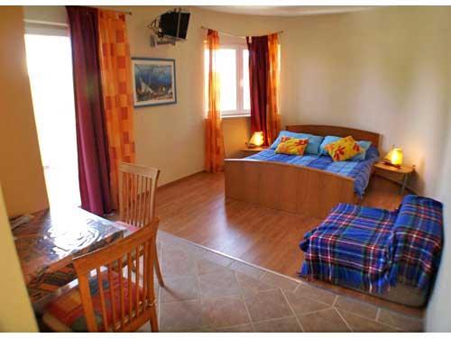 Apartment Nikola - 33991-A5 - Image 1 - Jelsa - rentals