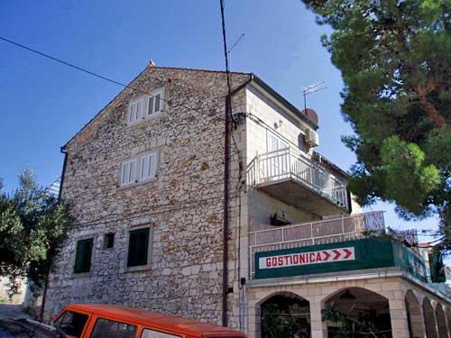 Apartments Tereza - 34971-A2 - Image 1 - Milna - rentals