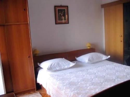 Apartments Nevenka - 37001-S1 - Image 1 - Makarska - rentals