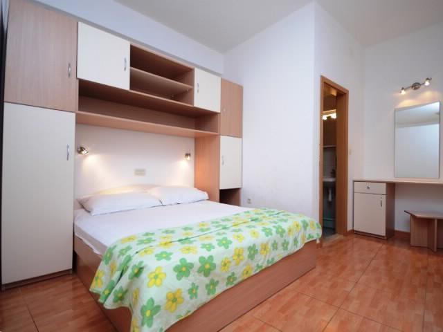 Apartments Katić - 37021-A1 - Image 1 - Zivogosce - rentals