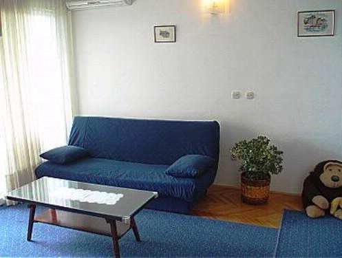 Apartments Bernard - 37492-A1 - Image 1 - Makarska - rentals