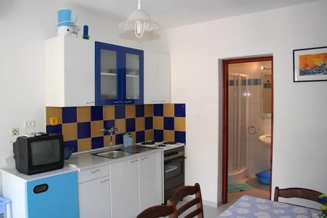 Apartments Dubravčić - 38611-A2 - Image 1 - Bol - rentals