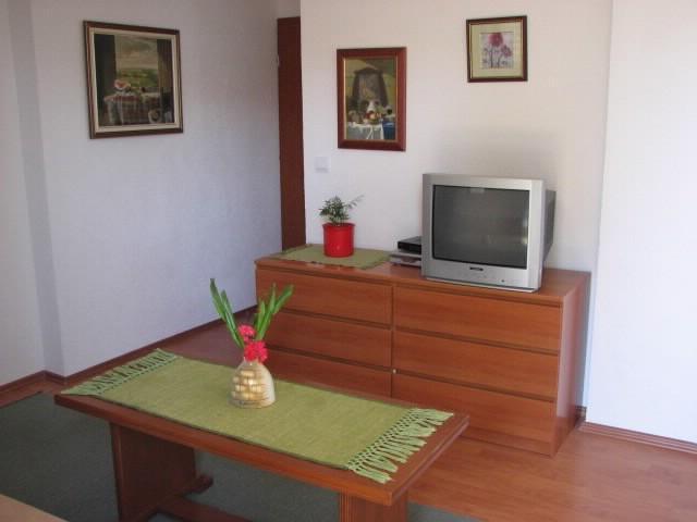Apartments Mara - 39671-A7 - Image 1 - Makarska - rentals