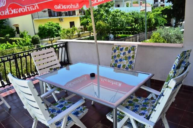 Apartments Jasna - 41471-A1 - Image 1 - Okrug Gornji - rentals