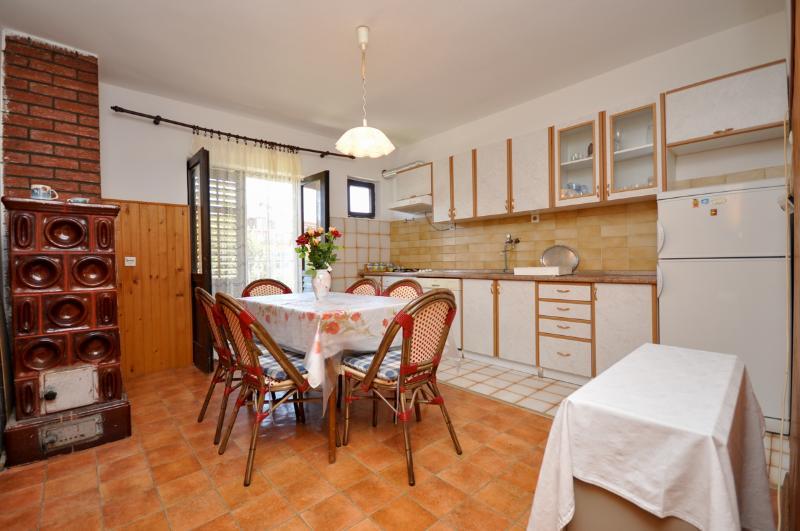 Apartment Anđa - 41791-A1 - Image 1 - Supetar - rentals