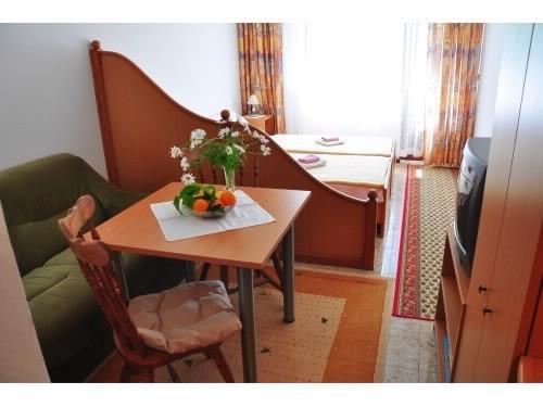 Apartments Miho - 50051-A2 - Image 1 - Orebic - rentals