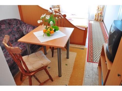Apartments Miho - 50051-A4 - Image 1 - Orebic - rentals